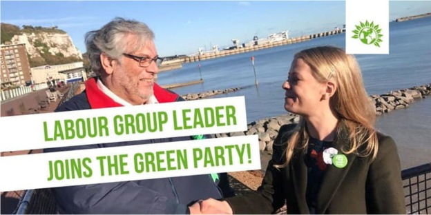photo of Mike Eddy shaking hands with the Green Party co-leader Sian Berry